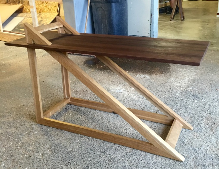Triangle Coffee table (proof of concept)